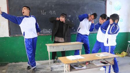 老师问学生钠是什么东西,学生用唱歌的方式来回答,笑得肚子疼