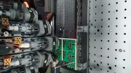 太快了!加特林式高速贴片机