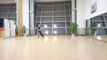 舞蹈    (茶悦)    学跳唐帅老师创编的舞蹈