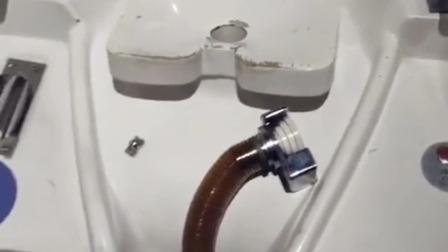 这家酒店的厕所,吓得我不敢拉屎!