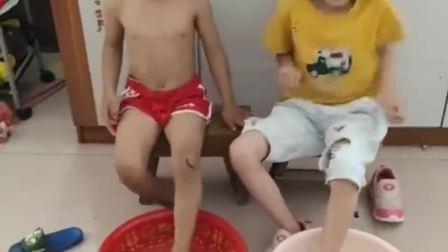 欢乐童年:至于吗,不就是一个空盆子吗
