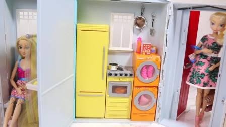 儿童亲子互动,芭比娃娃屋玩具拆箱和安装!真可爱