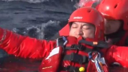 零下20度的寒冬!在冰水里训练,你们辛苦了!心疼!