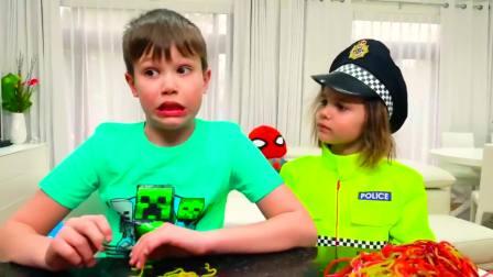 儿童亲子互动,爸爸偷吃巧克力零食,被小哥哥小姐姐发现