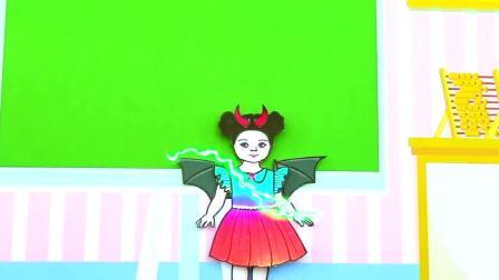 纸娃娃装扮:天使和恶魔各自抱着一个小宝宝!