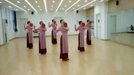 练习舞蹈(探水清河)