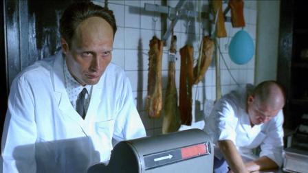 屠夫的肉一上架就被卖光,自己却从来不吃,原因让人害怕,惊悚片