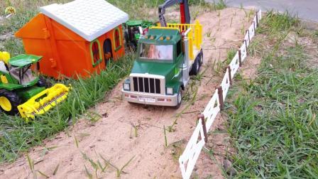 原木大卡车装卸木材和自卸车运输沙土真好玩