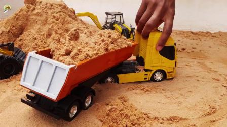 装载车和自卸车装沙土修桥铺路真棒,儿童车辆玩具