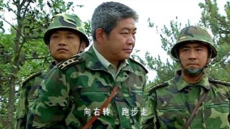 袁朗考验太残酷,团长都看不下去了:怎么不绑起来拿机枪突突!