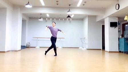 民大小陈陈老师蒙古舞,音乐(回望故乡)