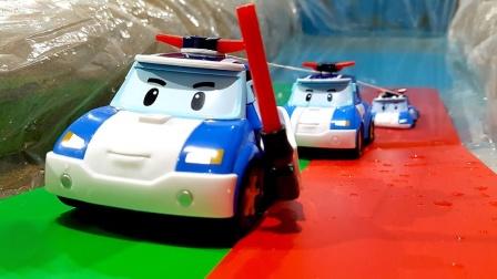 珀利小汽车和伙伴们学游泳