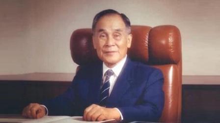 """香港地区第一面""""五星红旗"""",就是被他所升起!"""