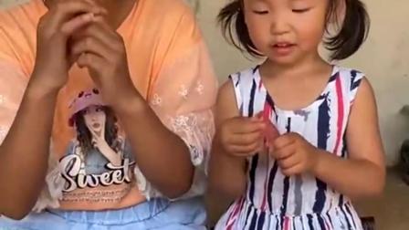 无尽的乐趣:妈妈自制的手指冰棍好好吃啊