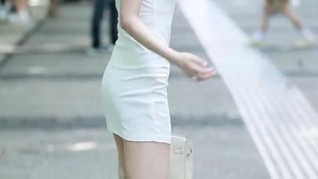 这要是我女朋友,我就不会让她出门了#街拍@小爱泽满.