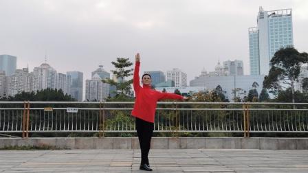 福州周周广场舞【陪你一起看草原】正面改编周周广场舞