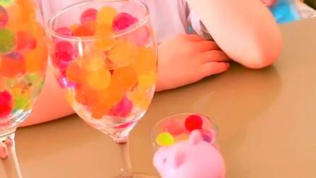 童年趣事-小朋友们泡大珠可不能吃哦!
