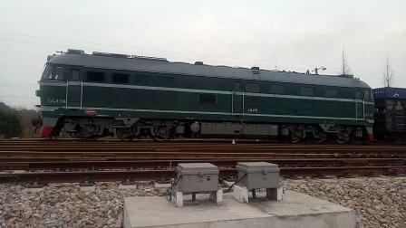 DF4B3736无锡西站正线拉货列发车