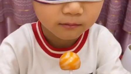 金色的童年:小孩子要少吃辣条哦