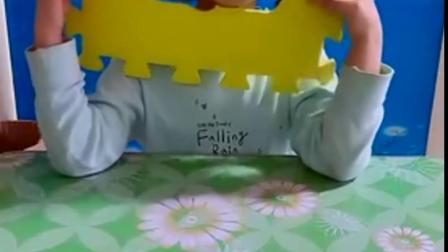 金色的童年:朵朵唱小白兔,真好听