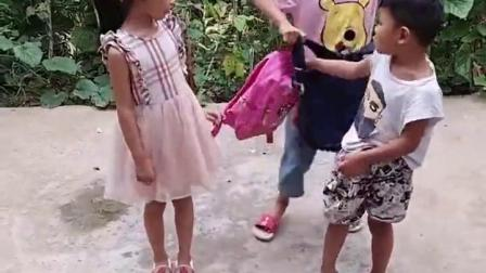 金色的童年:弟弟妹妹要去上学了