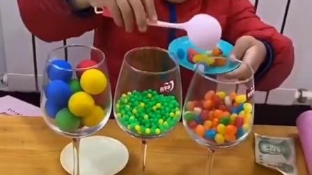 五彩童年:卖糖了,好吃不贵的彩虹糖