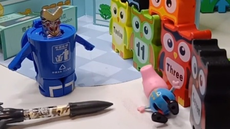 怪兽外出偷偷做坏事,乔治通知了怪兽爸爸