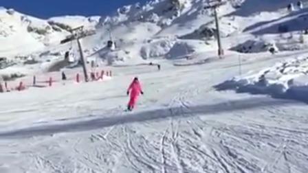 滑雪虽然操作很秀,但是劝你不要看到最后!