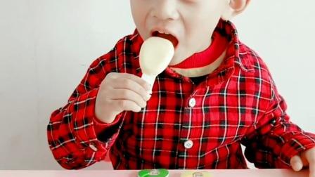 童趣:挑战全网吃奶酪棒最快的宝宝