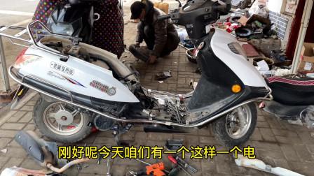 电喷摩托车加油门突突该怎么办?用这方法,清洗下喷油嘴就修好