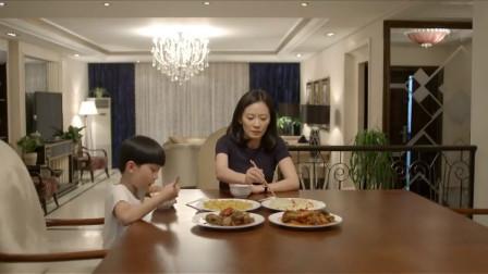 大丈夫:乐乐发现爸爸惹妈妈生气,赶紧道歉去,可别连累我
