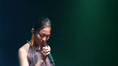 张韶涵、尤长靖合唱《你的答案》, 抖音神曲全新演绎,女王范十足,不愧是天生的歌手