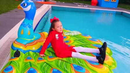 萌宝快乐,娜斯提亚想进游泳池,太有意思了