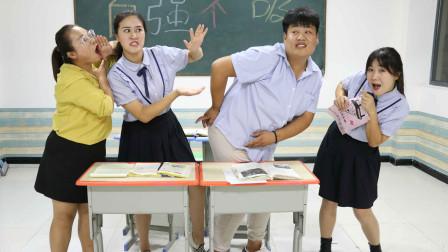 """王小九和同学争执不下,老师传授吵架""""秘籍""""后,秒胜同学!"""