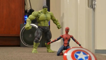 蜘蛛侠玩具动画:在蜘蛛侠被欺负的时候,钢铁侠站了出来