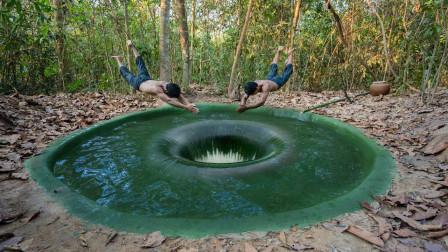 农村小哥野外发力,建造神秘深孔地下泳池,滑下去爽飞了!