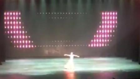 舞蹈《长发舞》