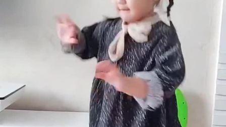 萌娃:我家姑娘也要跟风
