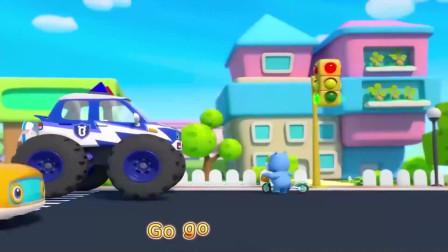 怪兽警车变身,出勤执行任务去啦小朋友们不要横穿马路哦
