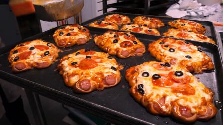 韩国美食:首尔香肠比萨饼面包,搭配辣香肠和超多芝士,这味道绝了