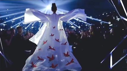 舞蹈风暴:张艺兴一个跳街舞的彻底迷上了国风!也想跟华宵一合作跳一支古典舞