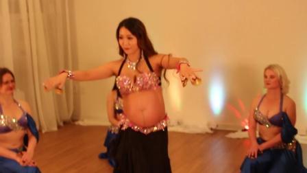 韩国孕妇跳肚皮舞