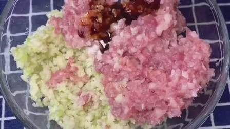 莲藕丸子的正确做法,多加这一步,外酥里嫩,凉了也不硬