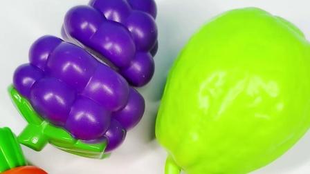 蔬菜水果切切切 切胡萝卜切草莓过家家游戏