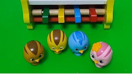 智趣玩具故事:萌鸡小队们回错家了,把小蓝的家占了