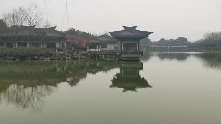 富春江东吴公园游玩