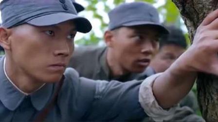 鬼子抓了整村女人,新四军战士掏出短刀,一刀一个全反杀了!