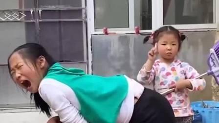 亲子趣事:没想到妹妹打人这么狠