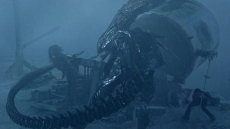 电影:12分钟看完科幻片《异形大战铁血战士》,这部电影看得太过瘾了!