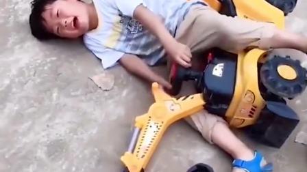 趣味生活:我和玩具小汽车都倒了,帮帮我